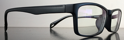 Black rectangluar trendy frames